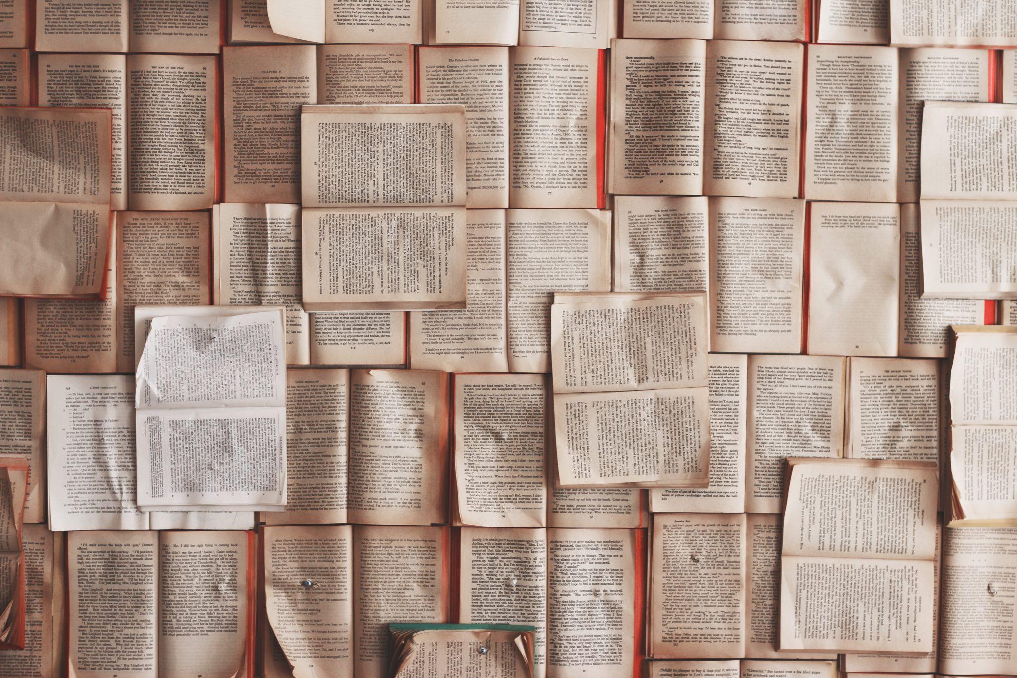 Cinco libros que te ayudarán a conectar y preparar tu pitch